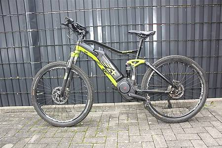schwarz-grünes Mountainbike-Pedelec Fully Rex Graveler e8.9