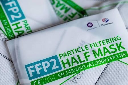 Unter Umständen kann am Arbeitsplatz das Tragen einer FFP2-Maske vorgeschrieben sein. Foto: Rolf Vennenbernd/dpa/dpa-tmn