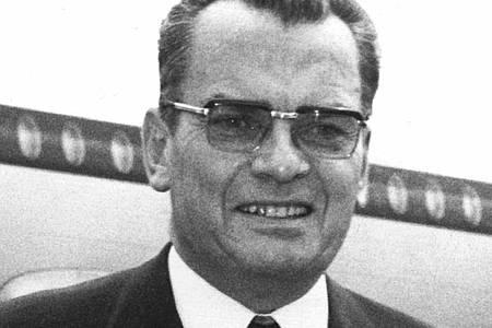 Der ehemalige Berlinale-Festspielleiter Alfred Bauer (1971). Foto: Konrad Giehr/dpa