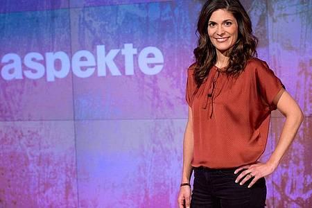Die Moderatorin Katty Salie im ZDF-Studio. Foto: Soeren Stache/dpa