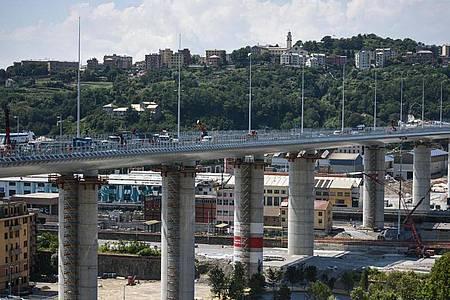Blick auf die neue Brücke von Genua. Zur Einweihung sind knapp 500 Gäste geladen. Foto: Piero Cruciatti/LaPresse via ZUMA Press/dpa