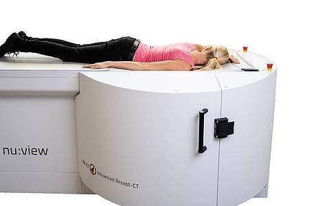 Ein neuer Ansatz der Brustkrebsfrüherkennung ist eine Untersuchung per Computertomographie. Foto: AB-CT/Advanced Breast-CT/dpa-tmn