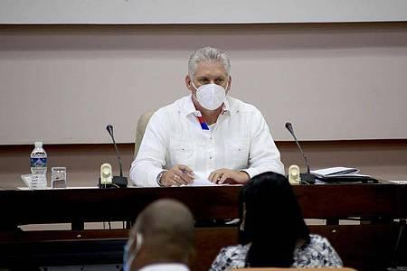 Miguel Diaz-Canel, Präsident von Kuba, nimmt am VIII. Kongress der Kommunistischen Partei Kubas im Kongresspalast teil. Foto: Ariel Royero/Prensa Latina/XinHua/dpa