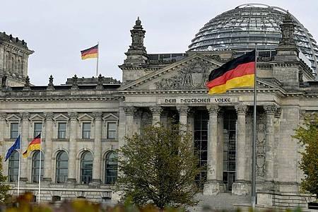 Mit seiner konstituierenden Sitzung nimmt der Bundestag heute seine Arbeit auf. Foto: Philipp Znidar/dpa