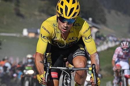 Primoz Roglic aus Slowenien führt die Gesamtwertung der Tour de France an. Foto: David Stockman/BELGA/dpa