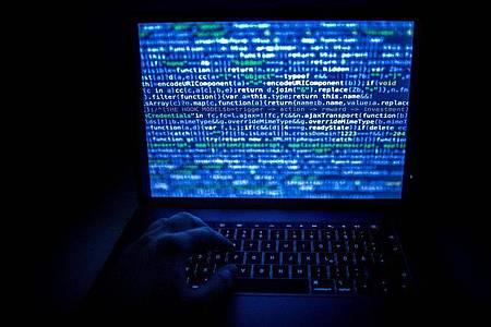 Hacker missbrauchen die Corona-Pandemie und machen Ransomware immer gefährlicher, warnt das Bundeskriminalamt. Foto: Zacharie Scheurer/dpa-tmn