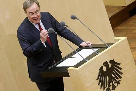 Armin Laschet (CDU), Ministerpräsident von Nordrhein-Westfalen und Kanzlerkandidat der Union, im Bundesrat. Foto: Wolfgang Kumm/dpa