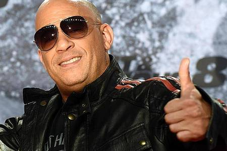 Drückt gern auf die Tube: der Action-Star Vin Diesel. Foto: picture alliance / Maurizio Gambarini/dpa