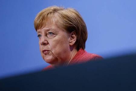 «Jeder Kontakt, der nicht stattfindet, ist gut für die Bekämpfung der Pandemie», betonte Bundeskanzlerin Angela Merkel. Foto: Odd Andersen/AFP/POOL/dpa