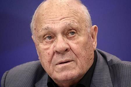 Der russische Regisseur Wladimir Menschow ist im Alter von 81 Jahren gestorben. Foto: Valery Sharifulin/TASS/dpa