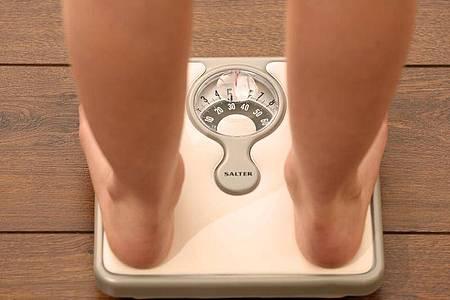 In England sind fast 63 Prozent der Erwachsenen zu dick. Foto: Chris Radburn/PA Wire/dpa