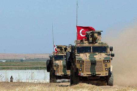 Die Bundesregierung genehmigt weiterhin Rüstungslieferungen an die Türkei. Foto: Maya Alleruzzo/AP/dpa/Archivbild