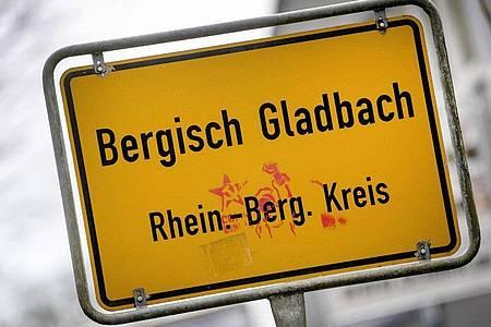 Im Oktober 2019 fand die Polizei bei einem Familienvater in Bergisch Gladbach Tausende Bilder und Videos. Foto: Federico Gambarini/dpa