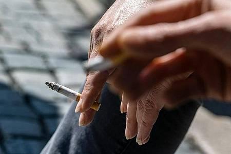 Zwei Medikamente gegen die Nikotinsucht gelten laut WHO von nun an als unverzichtbare Arzneimittel. Foto: Armin Weigel/dpa/Symbolbild