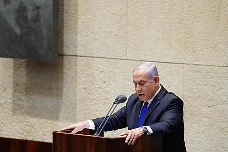 Benjamin Netanjahu bei der Vereidigung der neuen israelischen Regierung. Foto: Adina Valman/Knesset Spokespersons` Office/AP/dpa