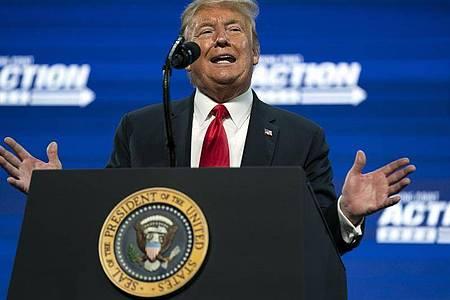 US-Präsident Donald Trump nennt Coronavirus «Kung Flu». Foto: Evan Vucci/AP/dpa