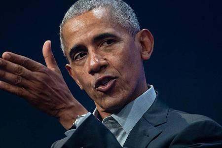 Der ehemalige US-Präsident Barack Obama meldet sich zu Wort. Foto: Sven Hoppe/dpa