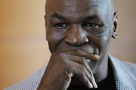 Zieht die Boxhandschuhe wieder an: Mike Tyson. Foto: Kamran Jebreili/AP/dpa