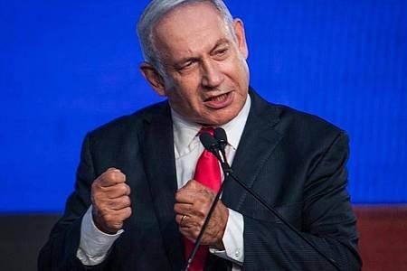 Nach dem vorläufigen Wahlergebnis bleibt der rechtskonservative Likud von Benjamin Netanjahu zwar stärkste Kraft. Das von ihm angestrebte Bündnis hat aber keine Mehrheit. Foto: Noam Moskowitz/dpa