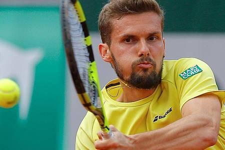Oscar Otte steht im Endspiel um den Gesamtsieg der Turnierserie des Deutschen Tennis Bunds (DTB). Foto: Michel Euler/AP/dpa