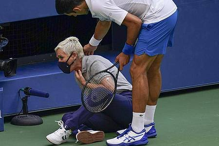 Katapultierte sich bei den USOpen selber ins Aus: Novak Djokovic. Foto: Seth Wenig/AP/dpa