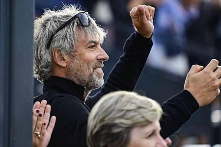 Der Milliardär Petr Kellner während des Pferdespringens CSIO Grand Prix in Prag. Kellner ist im Alter von 56 Jahren bei einem Hubschrauberabsturz ums Leben gekommen. Foto: Roman Vondrous/CTK/AP/dpa