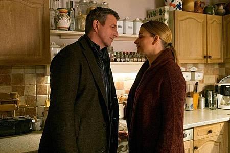 Martin (Hans Sigl) und Anne (Ines Lutz) wollen ihrer Beziehung noch eine Chance geben. Foto: ZDF/Erika Hauri/dpa