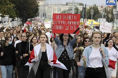 Tausende Frauen wollen in Belarus nach der Festnahme der Oppositionellen Maria Kolesnikowa protestieren. Foto: -/AP/dpa