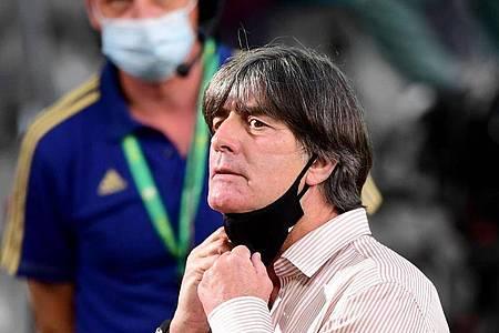 Versammelt erstmals nach der Corona-Pause wieder seine Nationalspieler: Bundestrainer Joachim Löw. Foto: Robert Michael/dpa-Zentralbild/Pool/dpa