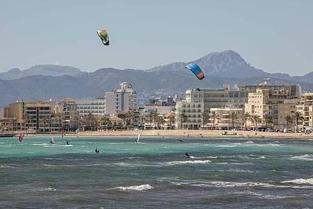 Die Bundesregierung hatte vor einer Woche entschieden, Mallorca von der Liste der Corona-Risikogebiete zu streichen. Foto: John-Patrick Morarescu/ZUMA Wire/dpa