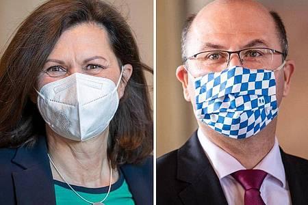 Ilse Aigner, Präsidentin des bayerischen Landtags, und Albert Füracker (beide CSU), Finanzminister. Foto: Peter Kneffel, Nicolas Armer/dpa