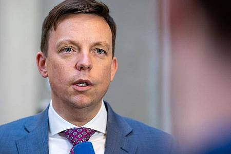 Tobias Hans, Ministerpräsident des Saarlands. Foto: Bernd von Jutrczenka/dpa