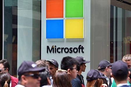 Microsoft hatte im Jahr 2009 damit begonnen, den Erfolg der zahlreichen Apple Stores mit einer Kette von einzelnen Einzelhandelsgeschäften nachzuahmen. Foto: Dan Himbrechts/AAP FILE/dpa
