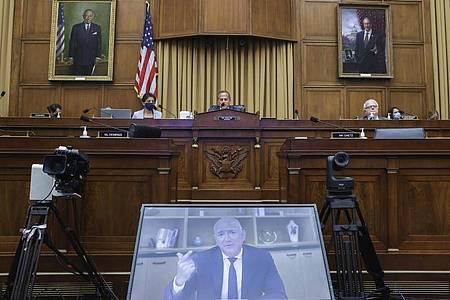 Amazon-CEO Jeff Bezos spricht per Videokonferenz während einer Anhörung des Wettbewerbs-Unterausschusses im Repräsentantenhaus zum Thema Kartellrecht. Foto: Graeme Jennings/Pool Washington Examiner/dpa