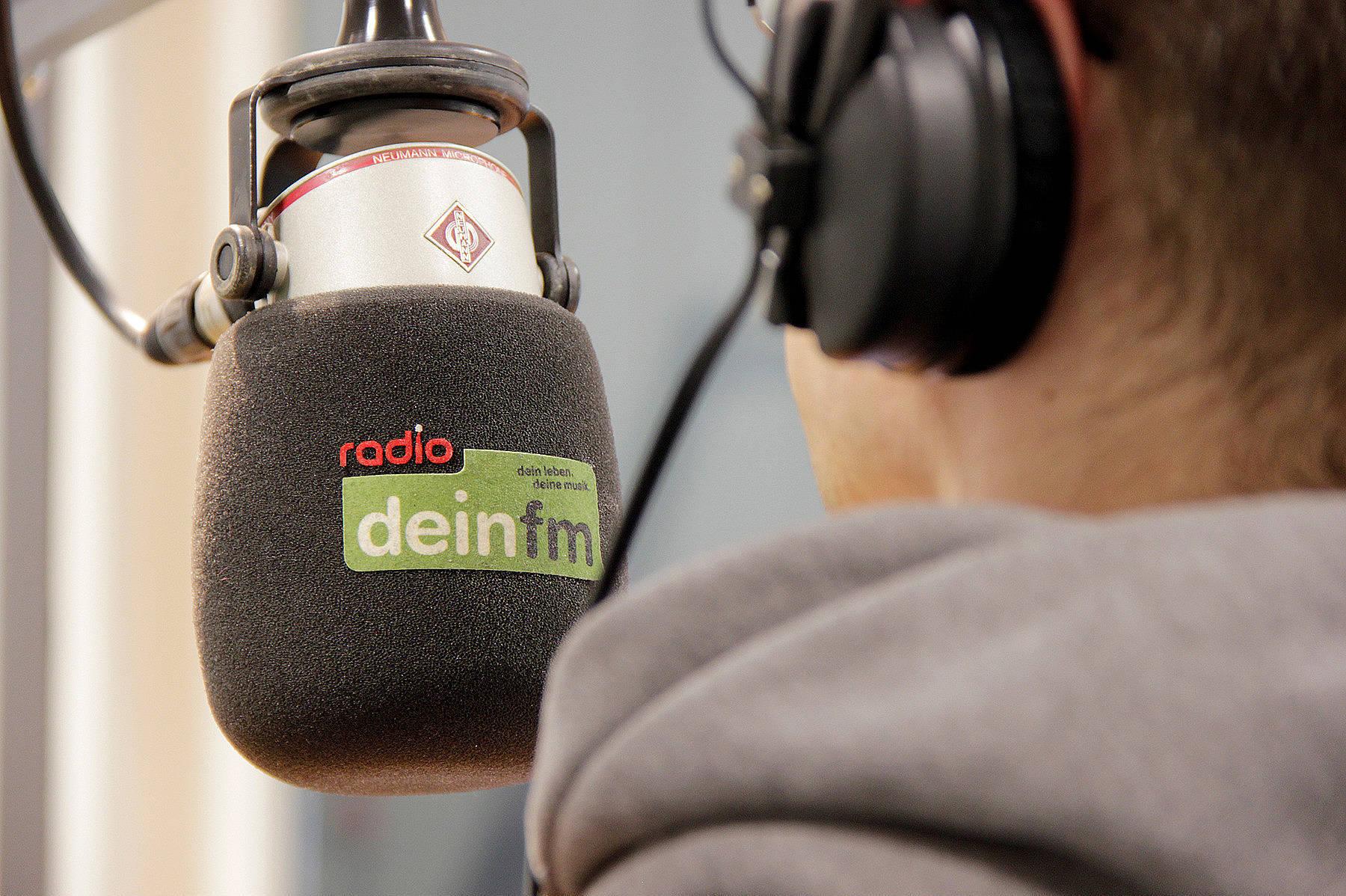 Radio WAF deinfm