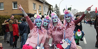 Einhörner feiern Karneval in Ennigerloh