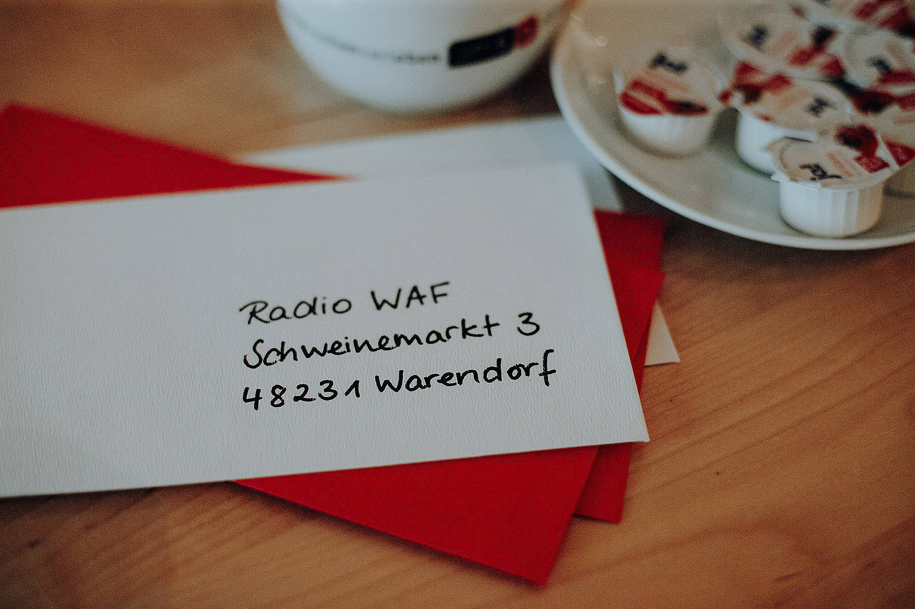 Kontakt zu Radio WAF