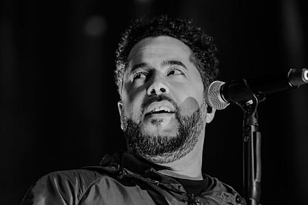 Adel Tawil beim Konzert im Gerry Weber Stadion 2017